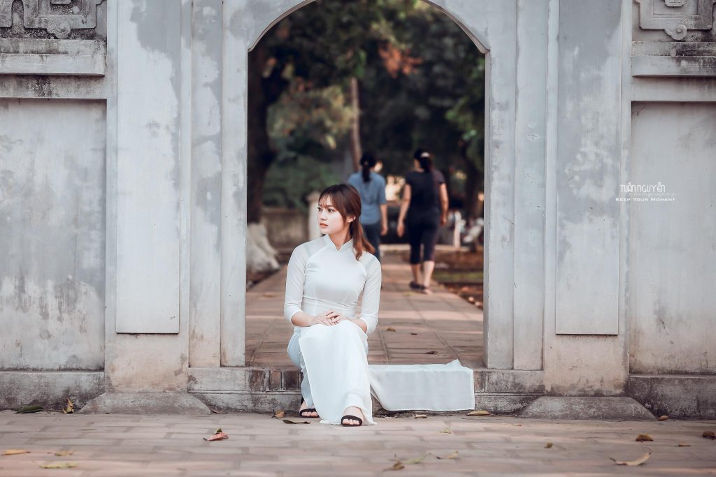 Preset Lady in White for lightroom